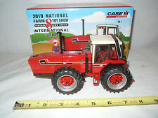 International 3788 2+2  2010 National Farm Toy Show  By Ertl  1/32nd Scale