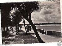 ROYAN - La promenade vers Saint Georges  (i1550)