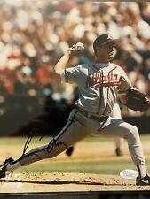 Greg Maddux Signed Atlanta Braves 8 x 10 Photo JSA COA Chicago Cubs Autographed