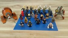 40 Lego Star Wars Figuren ( Konvulent) mit Legoplatte