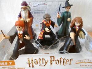 Harry Potter / Ron / Hermione/ Dumbledore/ McGonagall  Figure Set. boxed. new.