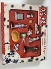 Disney+101+Dalmatians+Collectible+Play+Figurines+Roger%2C+Anita%2C+%26+Pups+NEW+in+Box
