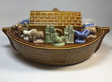 Wade Noah's Ark and figurines