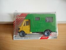 Poliguri Guri Car Cristal Mercedes 207 D Camper in Yellow/Green in Box