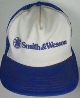 VINTAGE 1980s SMITH & WESSON GUN FIREARMS ADVERTISING TRUCKER SNAPBACK HAT CAP