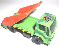 LOST WORLD MATCHBOX TOY UTILITY TRUCK- 1986 WITH CRANE BAR 1.74
