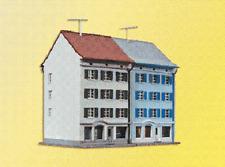 Kibri Z scale city house with store fronts 2 unit set 36841