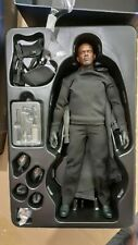 Hot Toys The Avengers Nick Fury MMS169 169 1/6th scale Collectible Figure