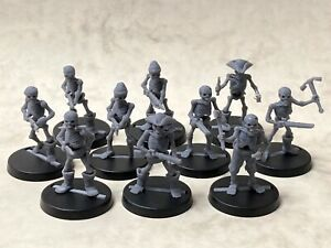 Pirate skeletons with assorted weapons for tabletop & roleplaying games