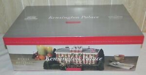 NEW! DEPT 56 Dickens Village KENSINGTON PALACE  #58309 Home for Holidays