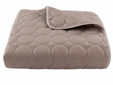 Polyester Decorative Quilts and Bedspreads