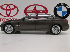 BMW 750li  Havana Brown 1:18     Factory BMW Diecast
