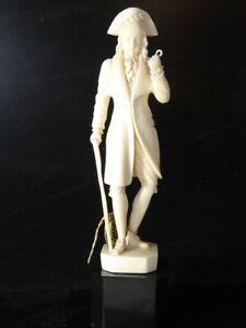 """Sculpture taille directe  XIXe représentant """" un incroyable """" A . REVET"""