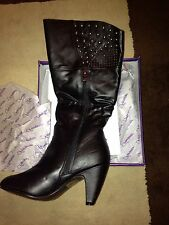 brand New boots Size 7