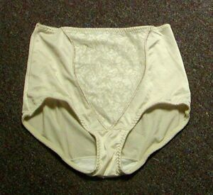 Vintage Bali Double Support Light Control Nylon Full Brief with Lace Iv Lg