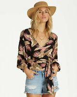 New NWT Women's Billabong Love Wrapped Top 3/4 Sleeve Black Floral Size Large