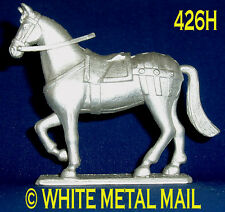 Military Lead Casting 426H 1:32 Scale Medieval Knights Unmounted Standing Horse