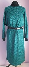 VTG Ladies GLENAR Green/Black Pattern Acrylic Batwing Belt Winter Dress Size 14