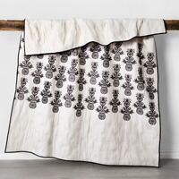Opalhouse- Mallorca Embroidered Ornament Quilt, Twin/Twin XL, Black