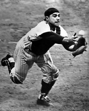 New York Yankees YOGI BERRA Glossy 8x10 Photo 'Diving' Print Baseball Poster