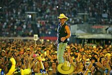 KENNY CHESNEY: 3 DVDs - 3 RARE CONCERTS - 2005, 2008, 2011 + with Steve Miller