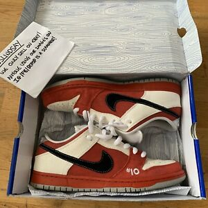 NIKE SB DUNK LOW ROLLER DERBY 2011 UK10 US11 100% AUTHENTIC