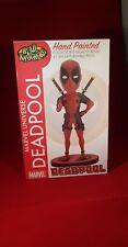 Neca MARVEL Cabeza Aldaba Deadpool Clásico Rojo/Negro