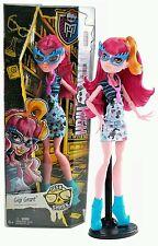Monster High Shriek Geek Gigi Grant Doll BNIB