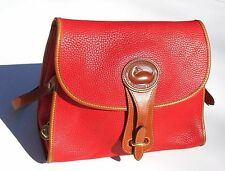 STYLISH SUNSET RED PEBBLE LEATHER DOONEY & BOURKE ESSEX PURSE W/KEY CHAIN