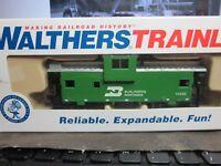 Walthers Trainline Caboose Railcar Burlington Northern BN 11445 HO rtr built .