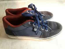 Globe Boys Skate Shoes Navy Suede Size 5