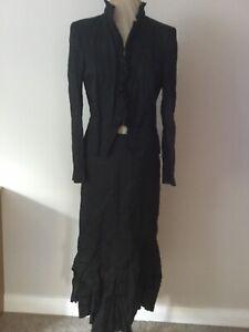 Vera Mont suit 12 #3106 funky/goth/unusual/ black crinkle