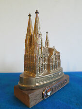 Dom zu Köln_MINIATUR_Metall_Figur_12 cm auf Holz Sockel