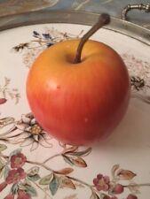 Apfel,Frucht,Früchte,Dekofrüchte, Tischdeko, Dekoration, Küche, Esszimmer, Tisch