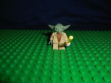 LEGO Star Wars YODA JEDI  Minifigure white hair / lightsaber Clone Wars (75002)