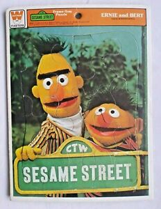 Vintage 1977 SESAME STREET Ernie & Bert Tray JIGSAW PUZZLE 12 Pieces Jim Henson