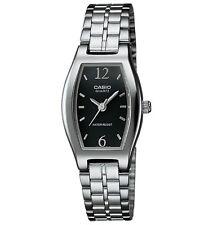 Casio LTP1254D-1A, Women's Analog Silver-tone Bracelet Watch, Black Dial