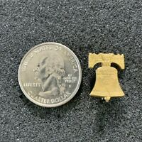 Liberty Bell Philadelphia Pennsylvania Travel Souvenir VTG Pin Pinback #38374