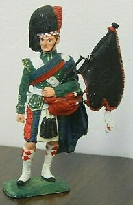 """Scottish Bagpipe Player 4"""" Die Cast Heavy Metal Toy Soldier, Traditional Uniform"""