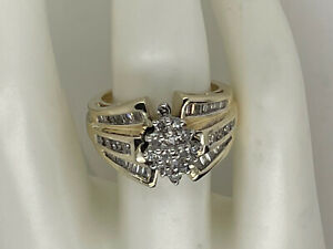 10k yellow gold round baguette diamond cluster ring size 6 1/2 - 6.9 grams