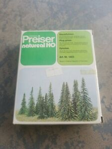 Vintage Preiser Natureal HO Plug Pines. E02