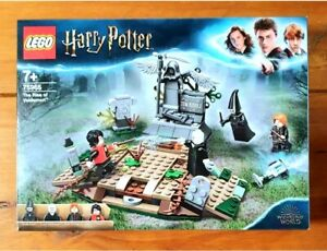 NEW LEGO 75965 HARRY POTTER THE RISE OF VOLDEMORT BRAND NEW SEALED