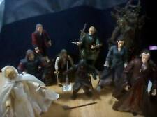 Lord of the Rings Action Figures Lot of 11 plus Orthanc Chamber Scene