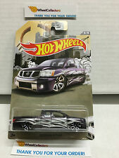 Nissan Titan PURPLE * 2016 Hot Wheels * Truck Series * Special Edition * J21