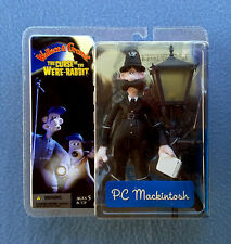 PC MACKINTOSH WALLACE AND GROMIT THE CURSE OF THE WERE-RABBIT MCFARLANE FIGURE