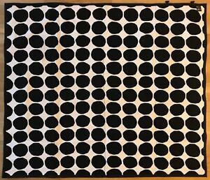 Marimekko Outdoor plaid 145 x 126 cm/ 57x49.6 Inch.100% cotton canvas up cover