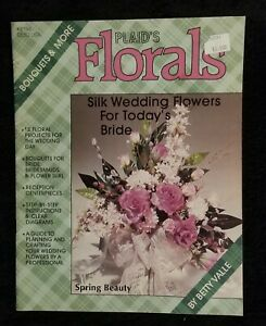 Vintage 1987 Plaid Floral Arranging Booklet By Betty Valle