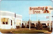 LARAMIE, WY Wyoming   BRANDING IRON  Auto Lodge Lincoln Hwy1959  Car  Roadside