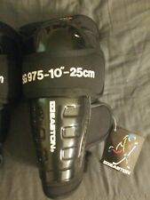 """10"""" 25cm Easton Full Force Ice Roller Hockey Pads Adult Knee Shin Guards Nwt"""