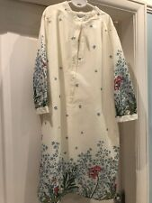 BNWT Old Navy Ladies Longline Top Blouse White Floral Size Medium